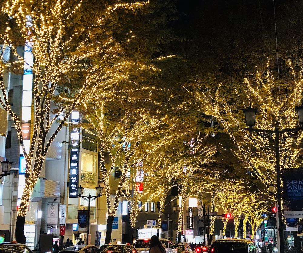 渋谷・宮益坂の街路樹ライトアップ